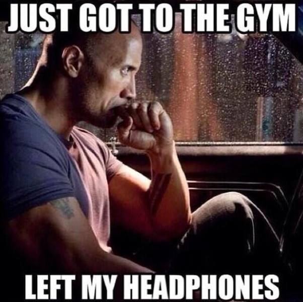 Funny Memes - left my headphones